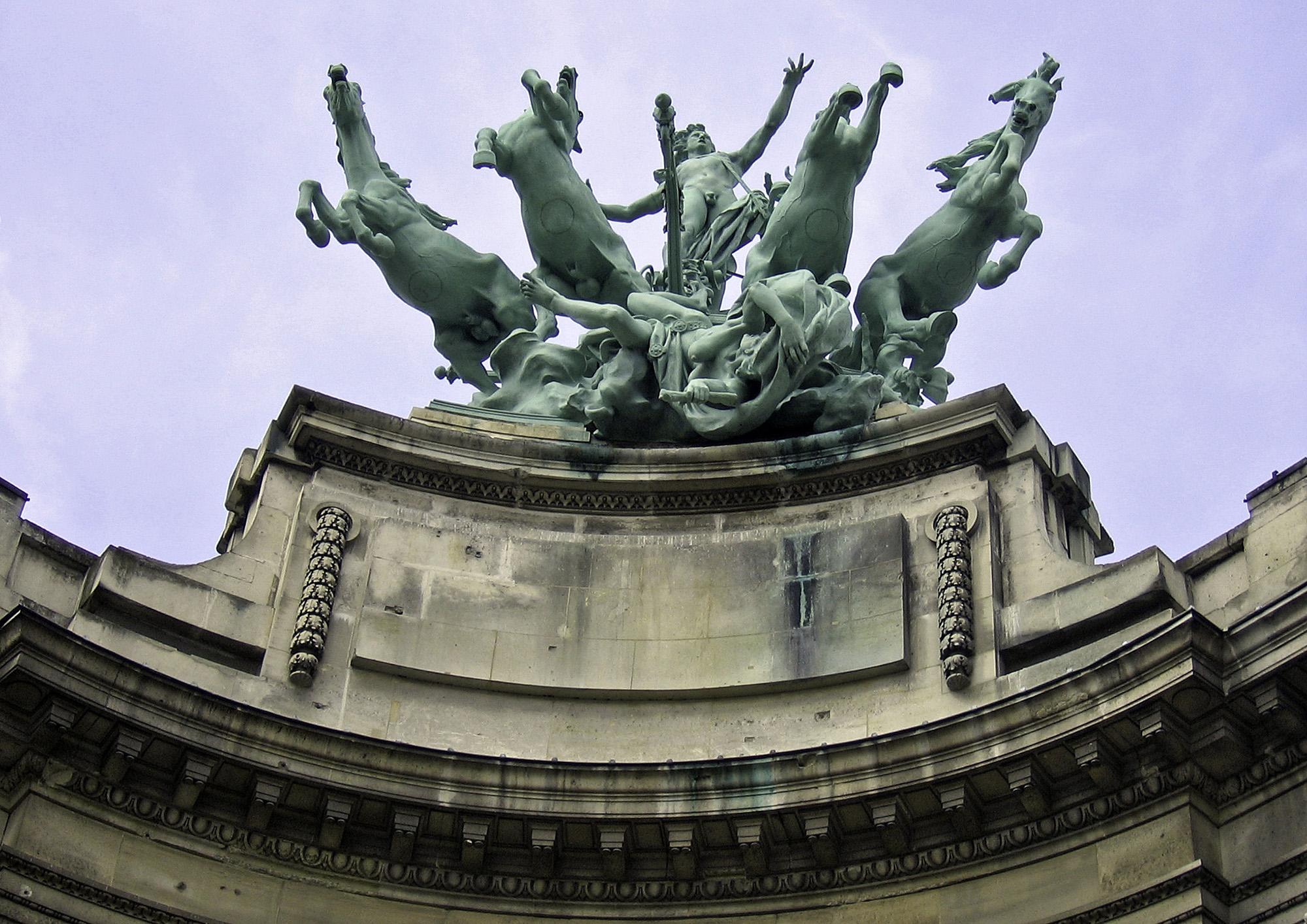 Statue at Le Grand Palais Paris